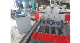 ساخت ماشین آلات CNC خراطی ومنبت چهار کله