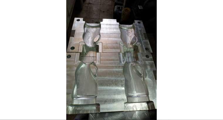 طراحی و ساخت انواع ماشین آلات صنعتی